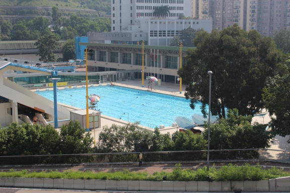 2. swimming pool.JPG